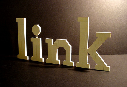 """link"" by Alex Eylar @ Flickr (c) CC-By-NC-SA"